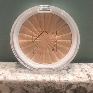 *BRAND NEW* OFRA Highlighter in Rodeo Drive